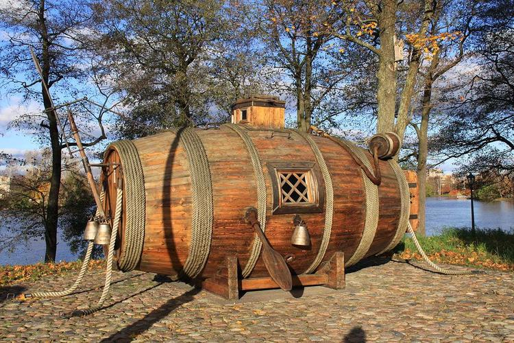 Реконструкция лодки крестьянина-самоучки Ефима Никонова: она похожа на бочку