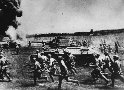 В 1944 году началось наступление советских войск под Бобруйском и Витебском