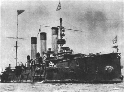 В 1900 году на заводе «Новое адмиралтейство» был спущен на воду будущий символ революции крейсер «Аврора»