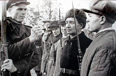 """В 1941 году приняли постановление """"О всеобщем обязательном обучении военному делу граждан СССР"""""""