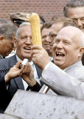 16 сентября в 1959 году прошел официальный визит Никиты Сергеевича Хрущева в США