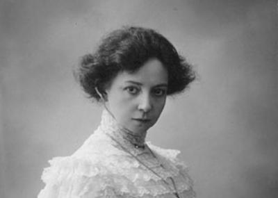 8 ноября в 1864 году родилась русская актриса Вера Комиссаржевская