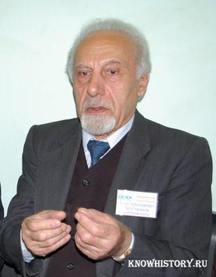 Аким Арутюнов