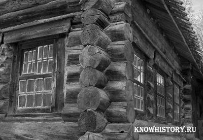 В 1703 году был заложен первый жилой дом Петербурга, известный как домик Петра I