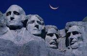 В 1941 году закончилось строительство национального мемориала США на горе Рашмор в Южной Дакоте