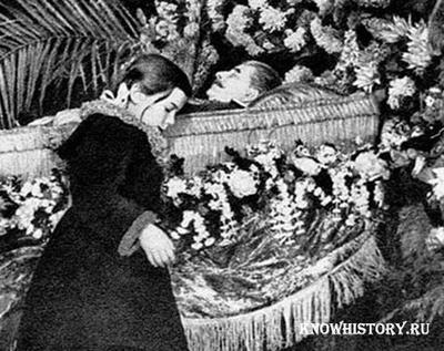 Последний день прощания со Сталиным