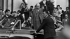 В 1960 году советская делегация покинула открывшуюся в Париже конференцию четырех держав по разоружению на высшем уровне