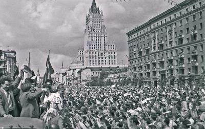 В 1957 году в СССР состоялся шестой Всемирный фестиваль молодежи и студентов