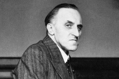 23 ноября в 1936 году немецкому публицисту Карлу фон Осецкому была присуждена Нобелевская премия