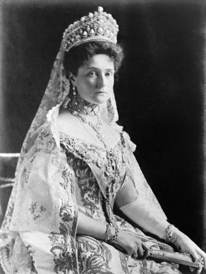 В 1894 году в Дармштадте наследник русского престола Николай II был помолвлен с Алисой Гессенской
