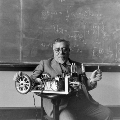 Американский математик Норберт Винер