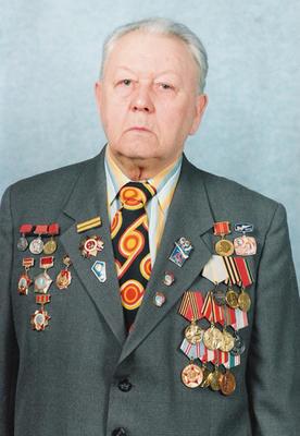 В 1942 году был убит Владимир Бросалов, герой стихотворения Твардовского