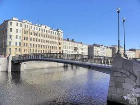 В 1969 году в Ленинграде открылся первый в Европе алюминиевый Коломенский мост