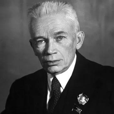 Александр Александрович Богомолец