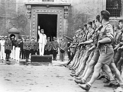 В 1940 году Италия вступила во вторую мировую войну на стороне Германии