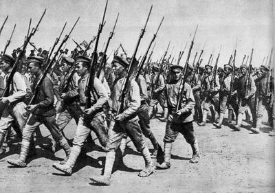 В 1925 году появился закон об обязательной военной службе