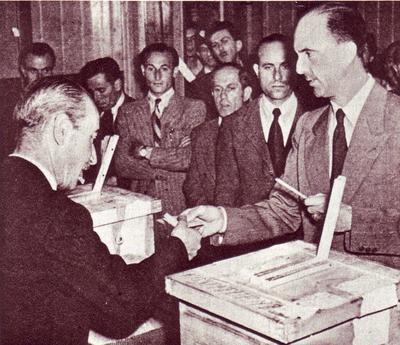 В 1946 году в Италии приняли республиканскую форму правления
