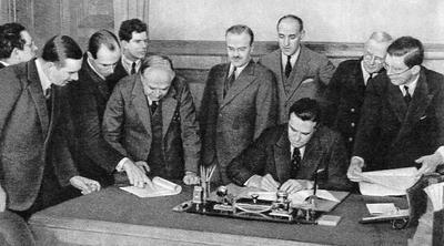 подписано трехстороннее соглашение о поставках Советскому Союзу военных материалов и вооружения