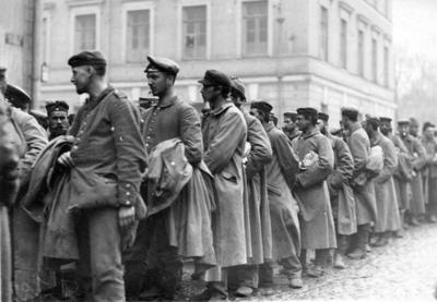 В 1950 году были возвращены на родину германские военнопленные