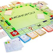 """7 марта в 1933 году Чарльз Дарроу придумал игру """"Монополия"""""""