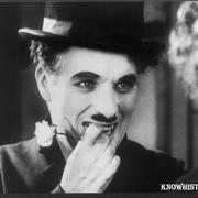 Чарли Чаплин в фильме «Огни большого города»