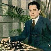 19 ноября в 1888 году в Гаване родился шахматист Хосе Рауль Капабланка
