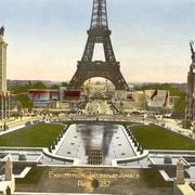 В 1937 году в Париже открылась Всемирная выставка