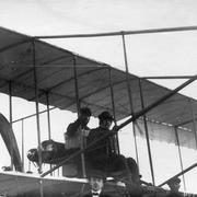 Авиаторы Б. С. Масляников и Г. В. Янковский в аэроплане перед перелётом