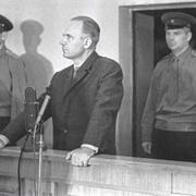В 1963 году в Москве начался судебный процесс над Олегом Пеньковским и Гревиллом Винном