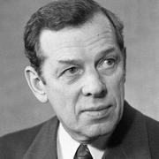 Георгий Жжёнов
