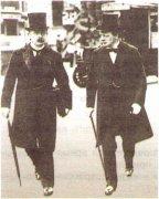 Д. Ллойд Джордж (слева) и У. Черчилль. 1908 г.