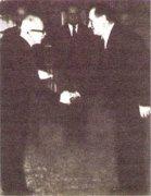 Э. Бенеш и К. Готвальд 27 февраля 1948 г. Новое правительство представляется президенту республики.