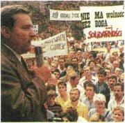 Л. Валенса на митинге